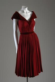 Vestido por Madame Grès, cerca de 1948/49.