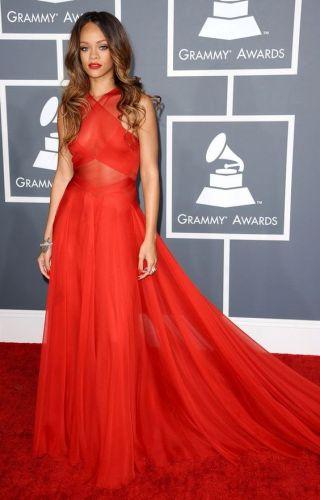 Rihanna no Grammy 2013.