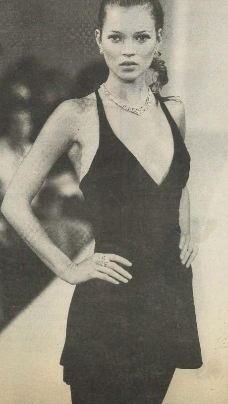 Kate Moss usando Victor Alfaro em 1994.