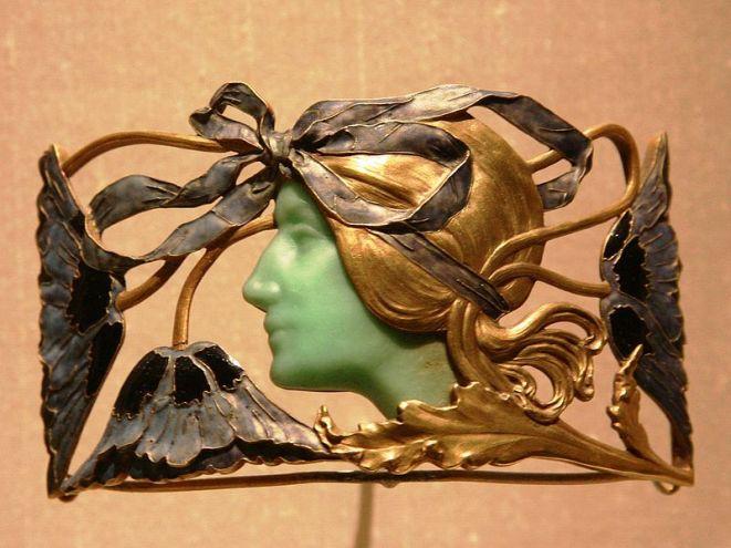 Broche por René Lalique.