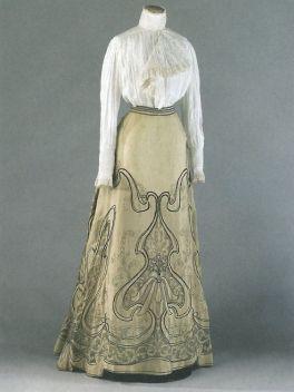 Vestido no estilo Art Nouveau, data desconhecida.