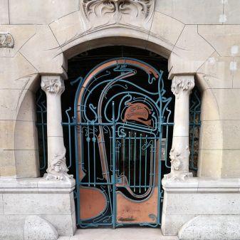 Castel Béranger por Hector Guimard. Rua Jean de la Fontaine, nº 14, Paris.