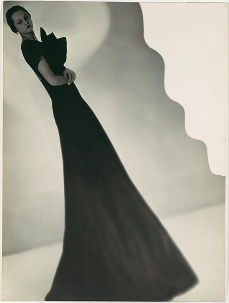 """""""A Modelo"""", fotografia feita por Man Ray para Augustabernard, cerca de 1933."""