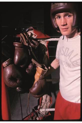 'Boxer, East End' por David Bailey em 1968.