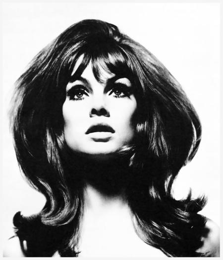 Jean Shrimpton por David Bailey em 1965.