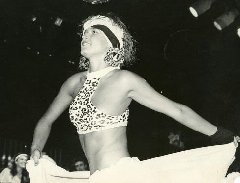 A apresentadora Xuxa no desfile da Yes, Brazil, na década de 1980.