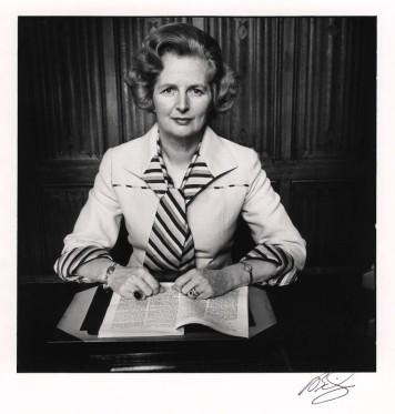 Margaret Thatcher por David Bailey em 1975.