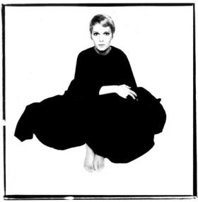 Mia Farrow por David Bailey em 1967.