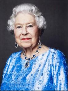 A Rainha Elizabeth II por David Bailey em 2014.